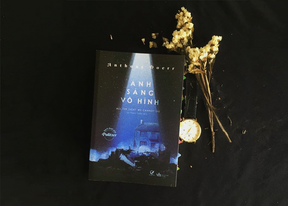 Review Ánh sáng vô hình - Anthony Doerr
